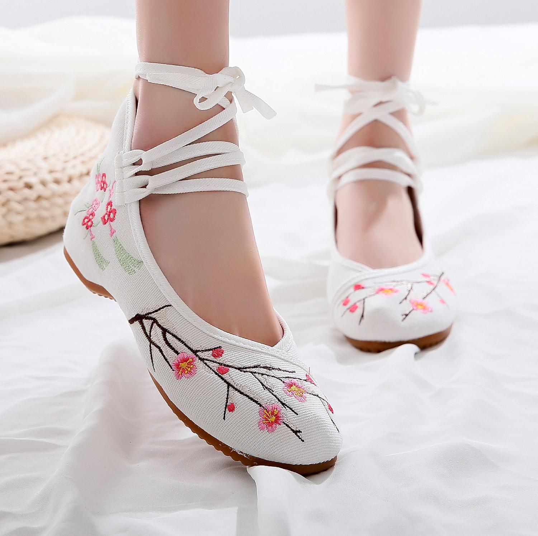 北京老布鞋女款秋季汉服绣花鞋古风鞋平底鞋圆头鞋民族风舞蹈鞋子