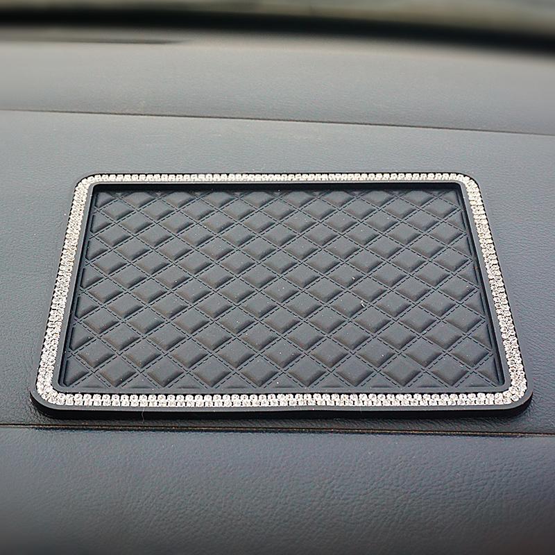 镶钻汽车香水摆件防滑垫车载车用硅胶耐高温大号仪表台手机置物垫