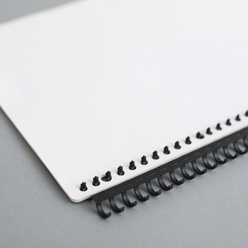 A4活页DIY配件打孔机多孔 30孔圆孔线圈装订条塑料活页夹A5 B5活页夹26孔 20孔 9孔 6孔活页笔记本可拆卸扣环