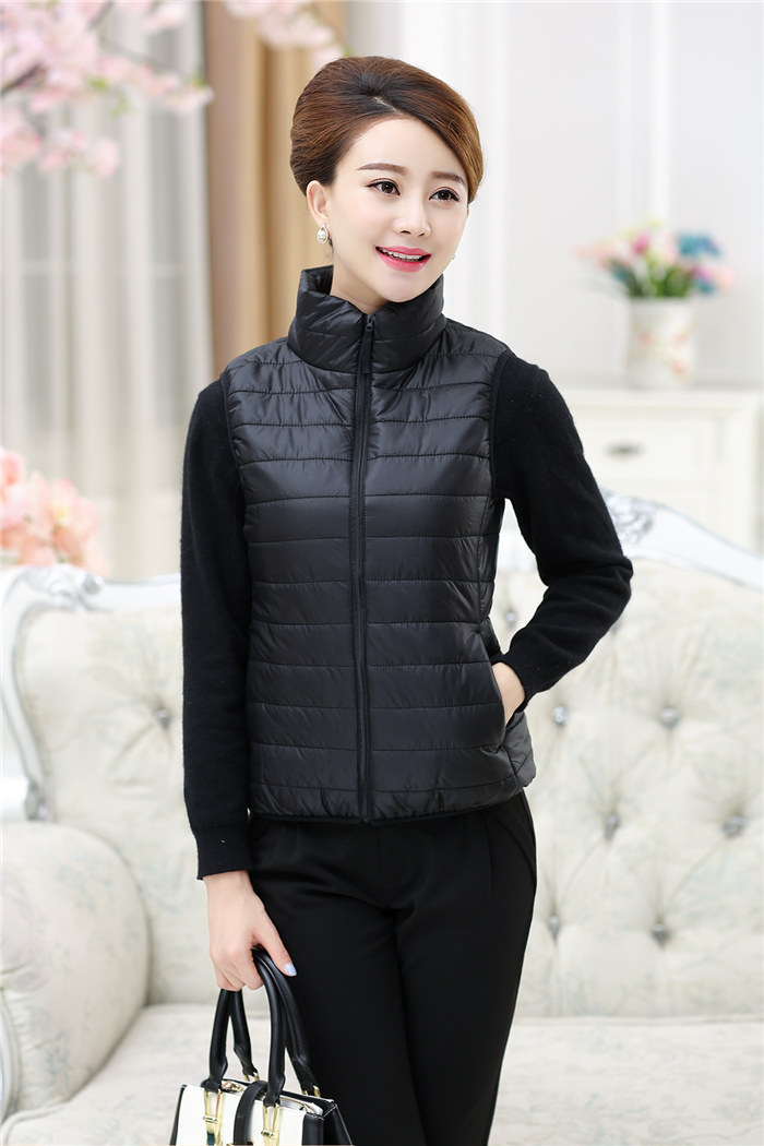 中老年女短款马甲立领中年妇女妈妈装秋冬装保暖羽绒棉衣马夹外套