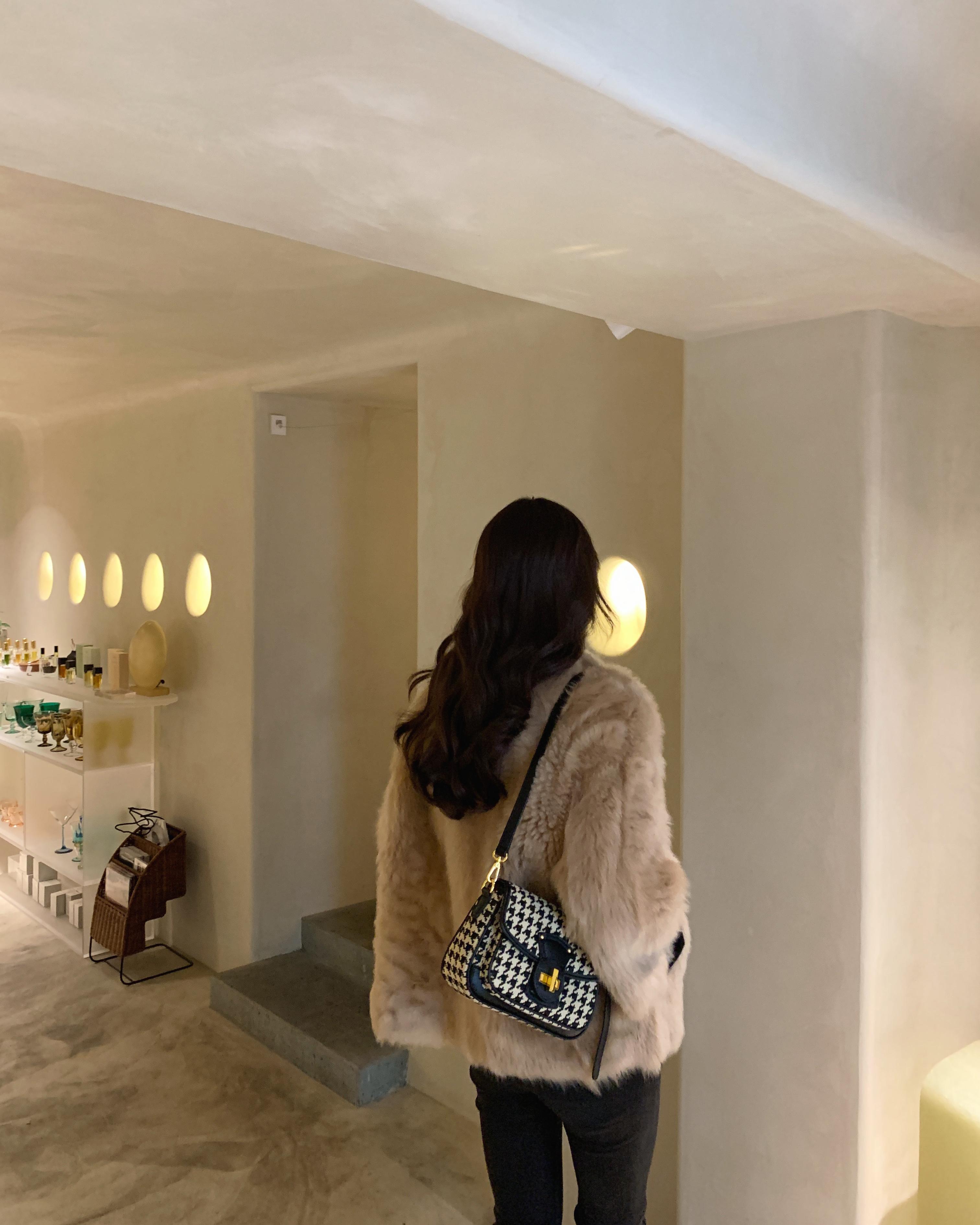 质感高级包包女  新款潮单肩斜挎小众包 2020 KARINE 小香家设计师款