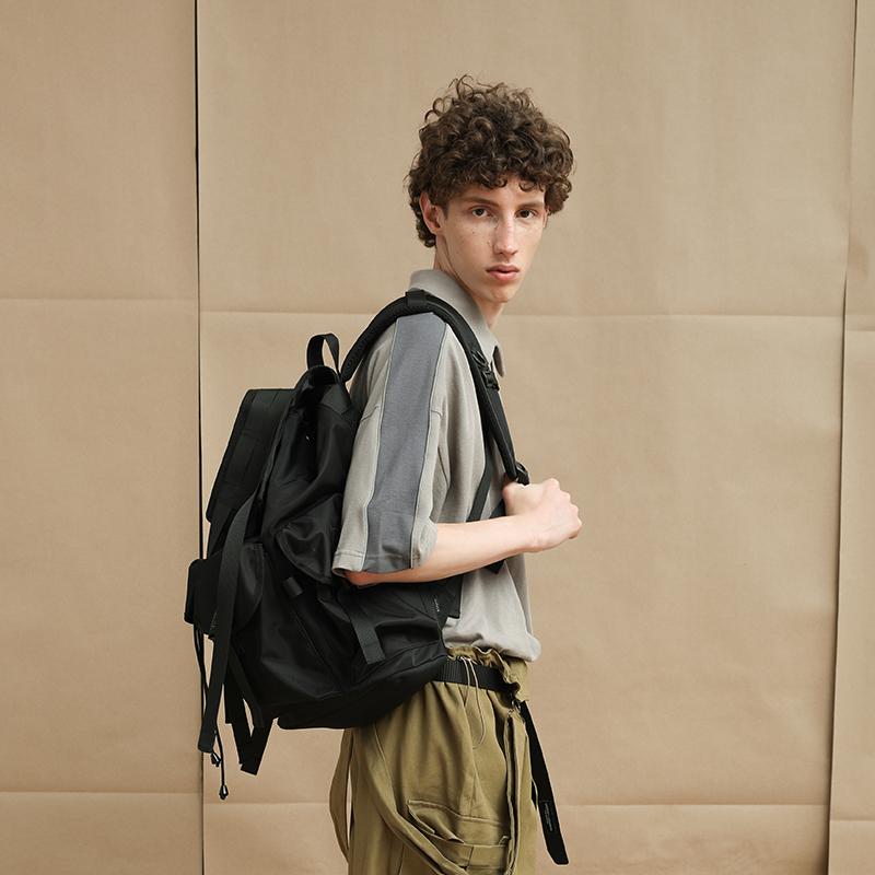 时尚街头背包男双肩包学生休闲书包欧美潮牌电脑旅游包女 VAOPER