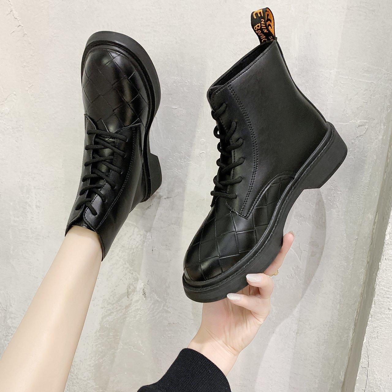 瘦瘦靴女马丁靴新款百搭厚底短靴