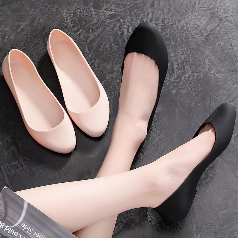 新款百搭水晶單鞋女塑料媽媽鞋防滑雨鞋平底工作跳舞大碼豆豆女鞋