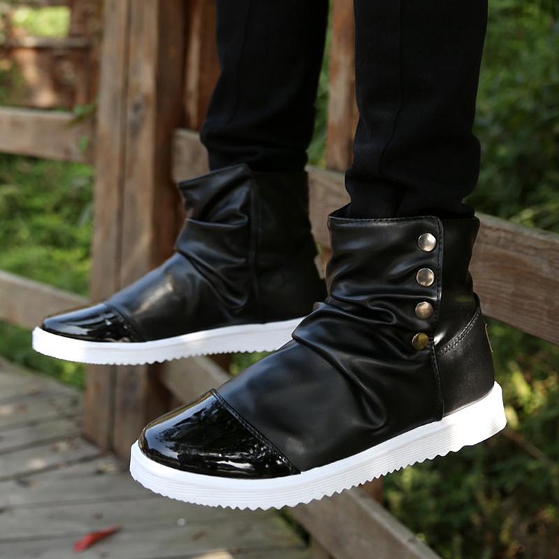 秋季短靴男士休闲皮鞋高帮潮鞋韩版潮流白色学生透气马丁靴短靴子