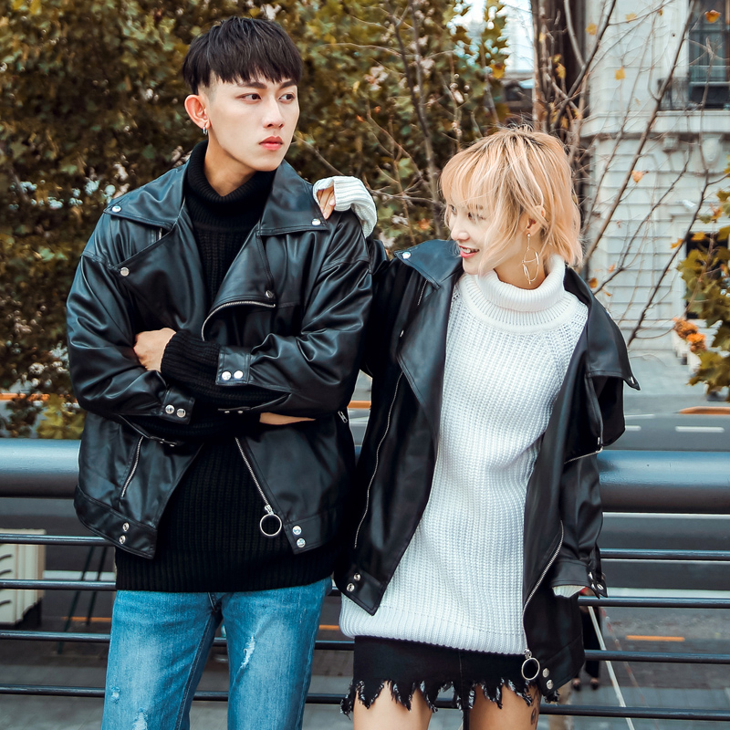 港风春秋季韩版宽松情侣装机车皮衣男士青年外套翻领皮夹克帅气潮