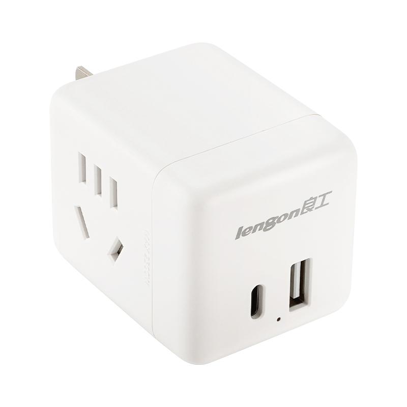 旅行多功能插座 c type 大功率 pd18w 插座转换器手机充电器插头 usb