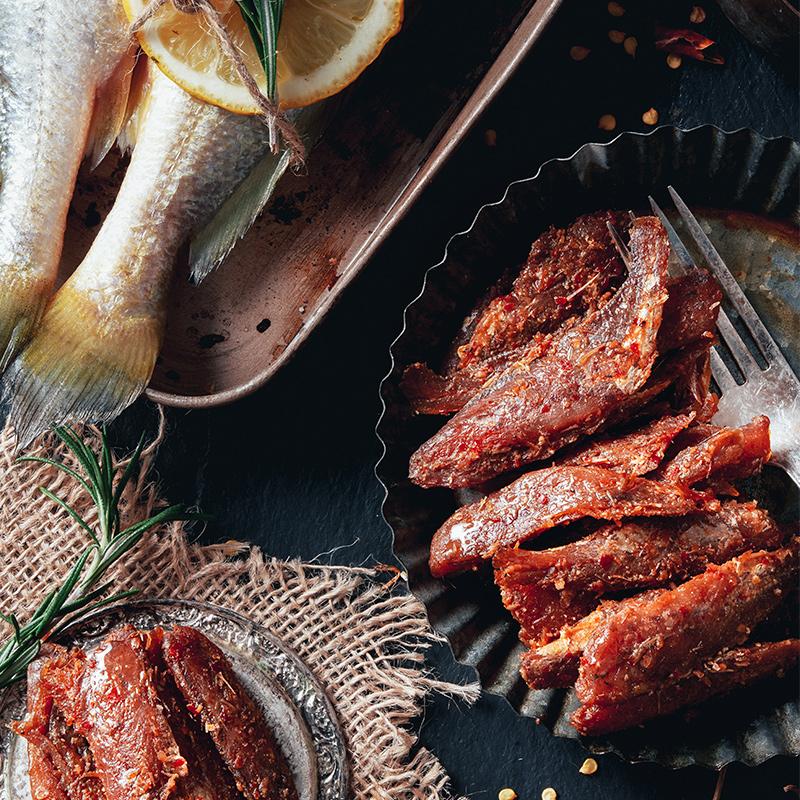 【三只松鼠_香酥小黄鱼96gx2】休闲小吃零食香辣即食干鱼仔袋装