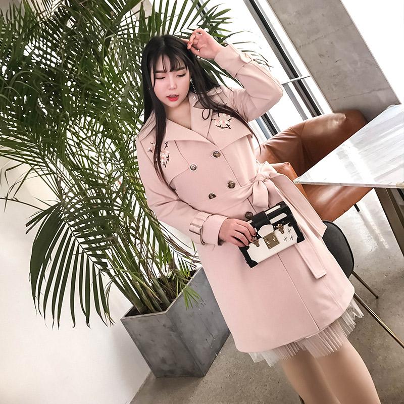 辣妈起义2018春装新款大码女装胖mm复古修身绣花斗篷中长风衣外套
