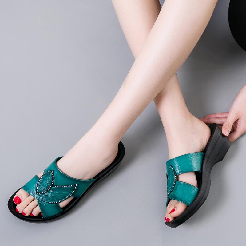 夏季新款真皮平底凉拖鞋女外穿休闲鞋坡跟厚底软底防滑妈妈鞋拖鞋