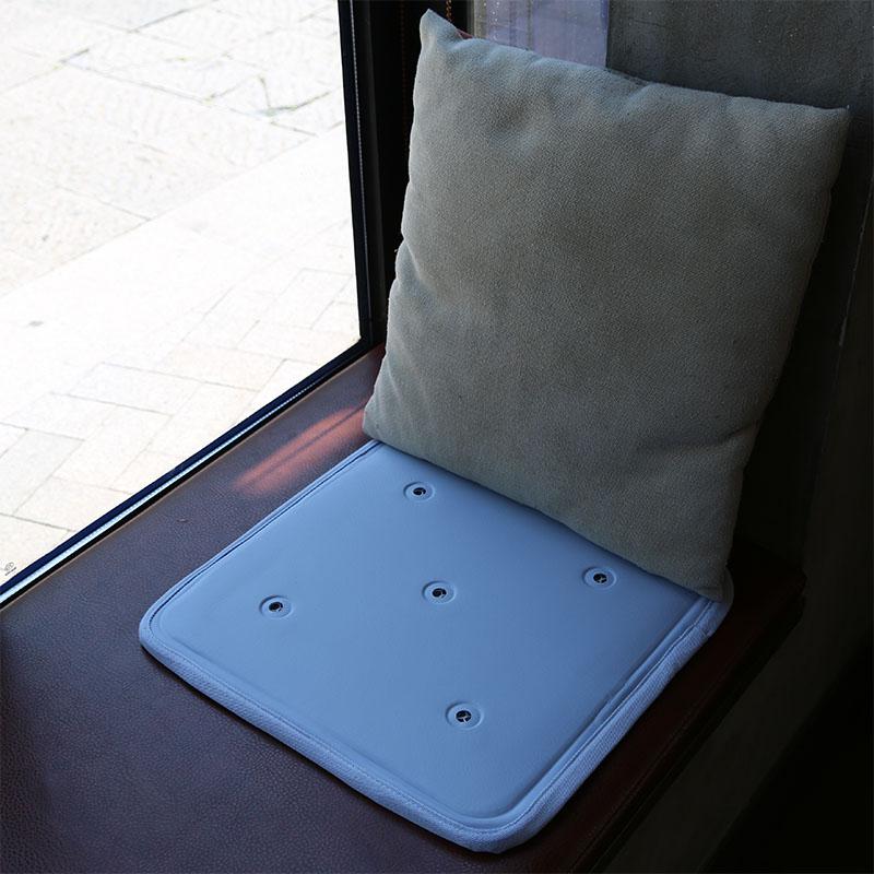 日本凝膠冰墊夏季降溫神器椅墊3d透氣坐墊辦公室學生老人坐免注水