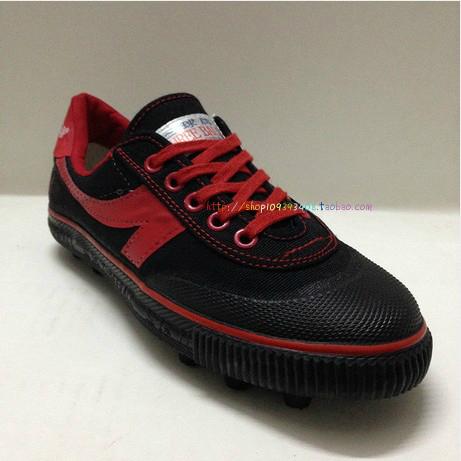 正品三球牌足球鞋兒童訓練鞋橡膠釘/運動鞋男女情侶黑色紅鉤包郵