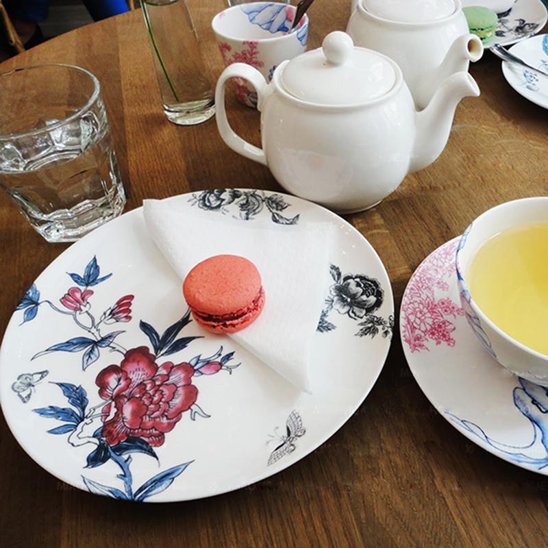 芬蘭 玫瑰花園 10.5寸骨瓷大盤 北歐餐具家居 盤 碗 下午茶