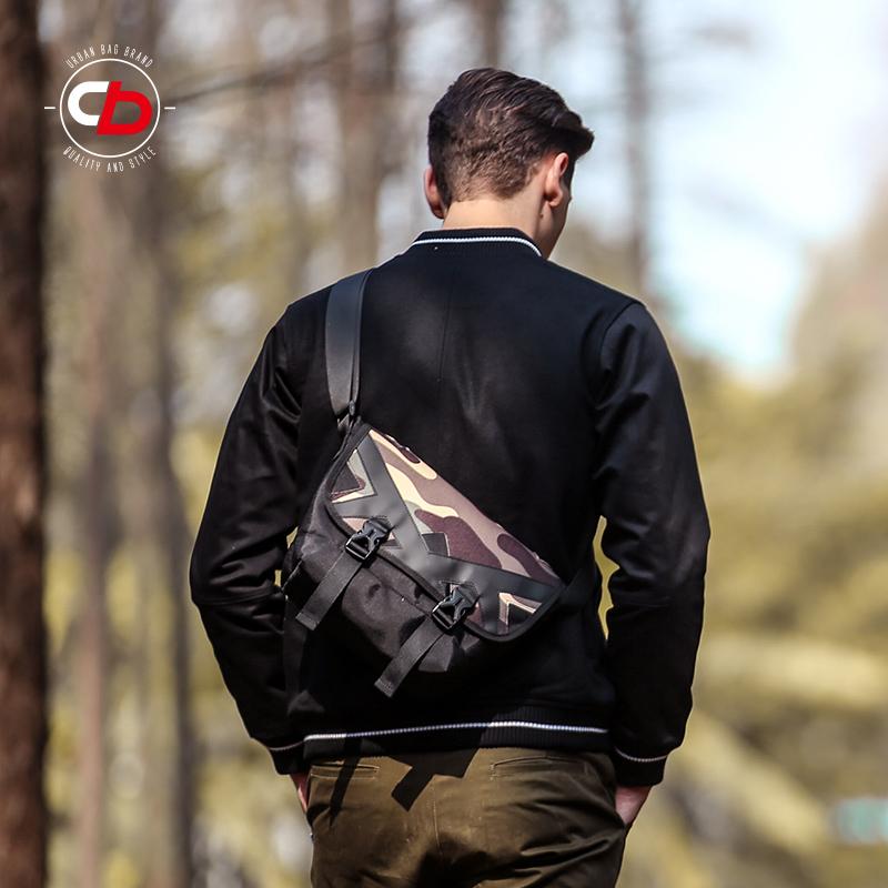 COMBACK男女暗迷彩斜挎包 旅行小包包潮牌郵差包街頭橫款學生包