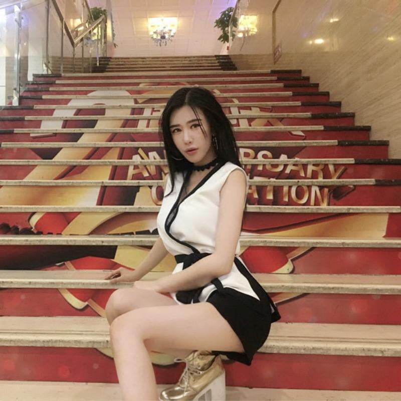 泰国潮牌套装 撞色系带马甲上衣收腰显瘦短裤  小香风时尚两件套