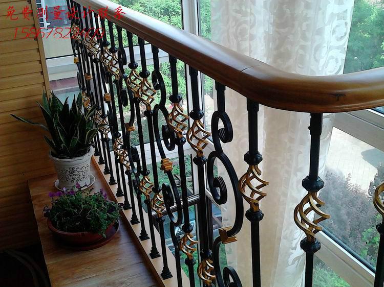 宁波成品实木楼梯 欧式护栏 组装铁艺 平台围栏扶手 铁艺描金