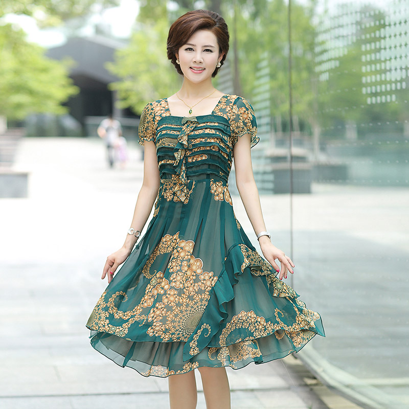 50ea827cd46d Middle-aged women s summer dress mother s day mother dress short sleeve and long  sections women 40-50-year-old elderly