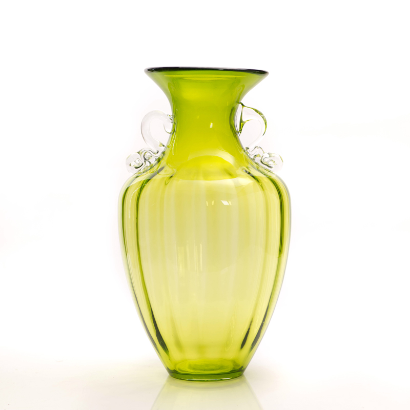 Buy Yixuan Light Classical Transparent Glass Flower Vase Modern And Stylish Embossed Table Flower Flower Holder Ornaments In Cheap Price On M Alibaba Com