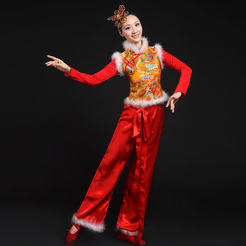 d68b1dc79 Younger fan dance drum dance costume female chinese wind wide field of  stage costumes dance ethnic drumming dance clothes