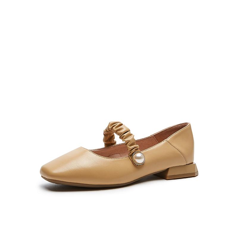 时尚单鞋 JK 潮女珍珠浅口扣带方跟踩脚 ins 年春新款 2021 热风单鞋女