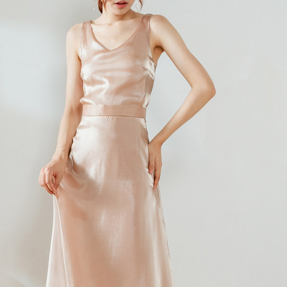 Half Skirt Spring And Summer Women's Long Style Hong Kong Style Retro Glossy Silky Elegant French A-line Satin Skirt