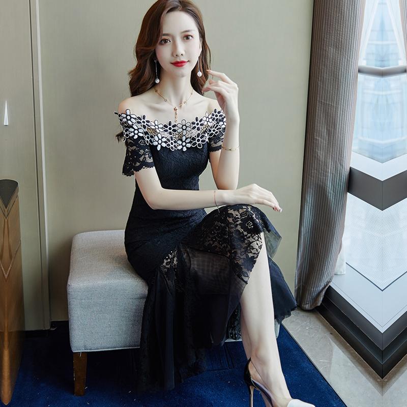 2021夏季新款黑色一字肩蕾丝连衣裙女中长款显瘦荷叶边年会鱼尾裙