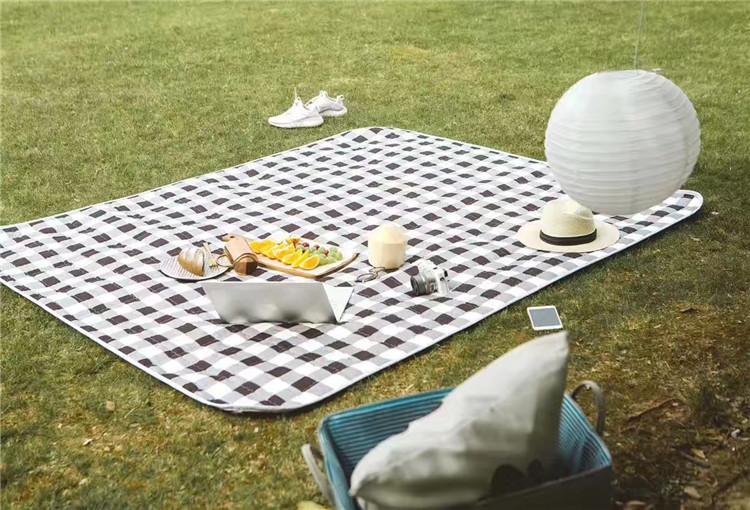 人可折叠野炊地垫 8 5 户外野餐垫防水防潮垫春游垫子便携加厚超轻