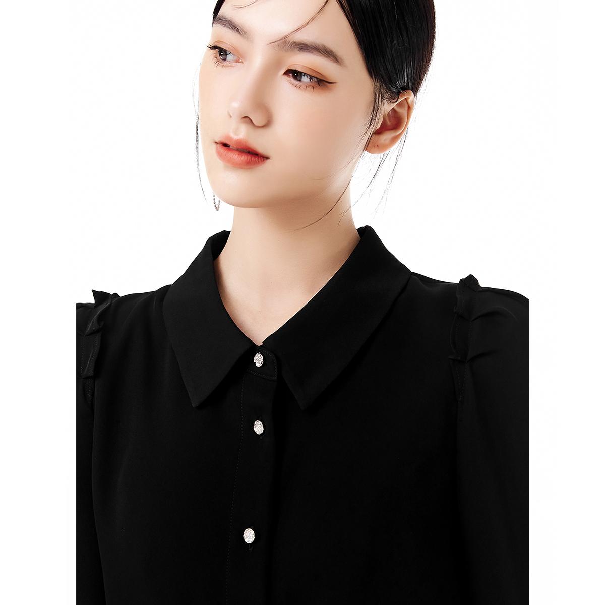V213CSG102 花朵钻扣泡泡袖衬衫   压褶泡泡袖衬衫