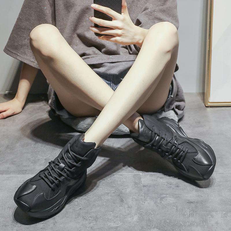欧洲站2020新款秋冬季短靴英伦风马丁靴松糕靴子女百搭厚