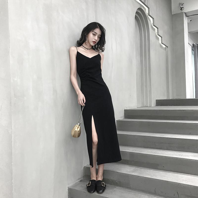 春装2019款女装连衣裙黑色吊带裙小黑裙内搭打底裙流行裙子长裙