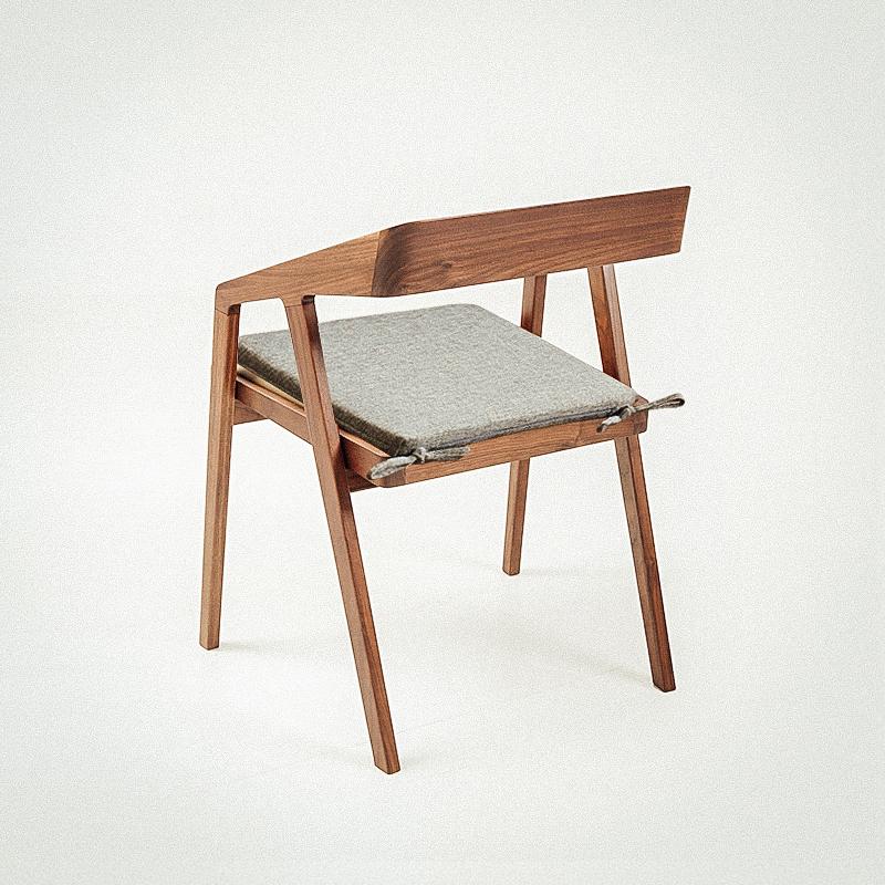 坐垫学生椅子椅垫椅子垫地上餐椅垫屁垫办公室久坐四季通用凳子垫