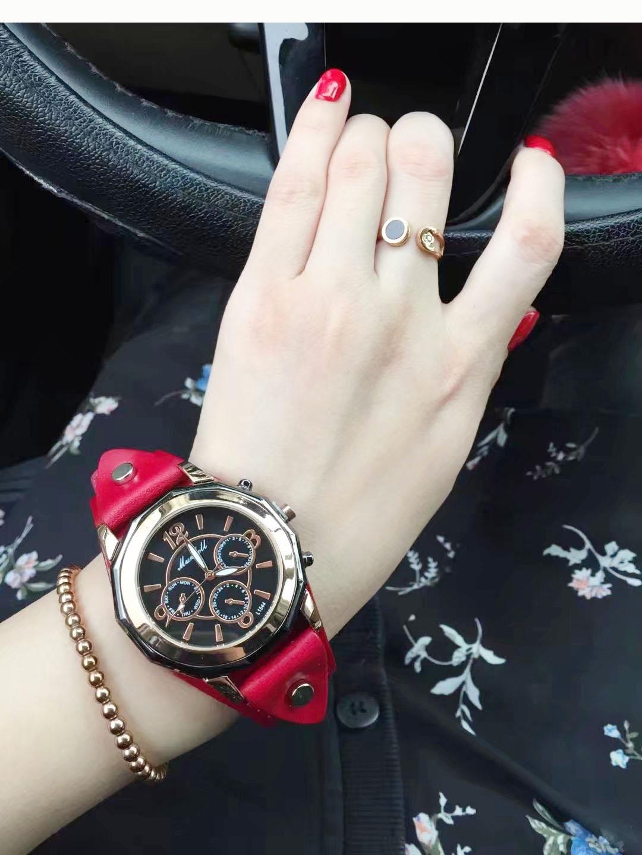2018 个姓大气百搭大表盘宽表带时尚女款腕表石英机芯国产手表包邮