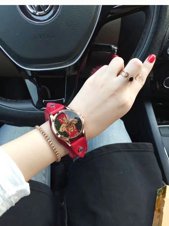 款 2018 时尚大气百搭大表盘宽表带女士国产腕表简约款包邮休闲手表