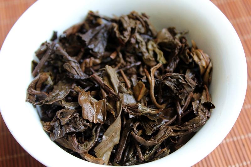 普洱生茶茶叶特价包邮 年布朗野生茶古树纯料 02 云南普洱茶生茶饼