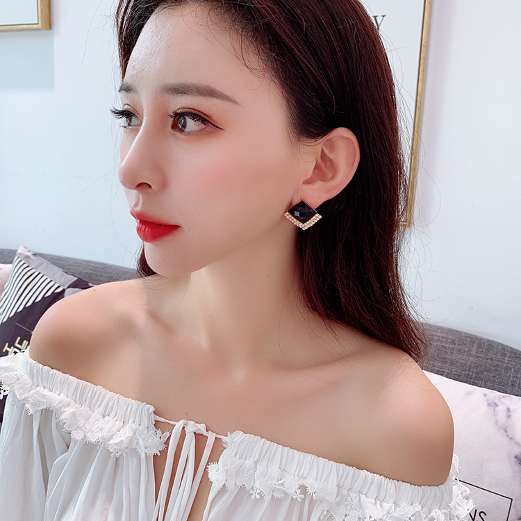 新款韩国正版菱形水晶耳钉耳环