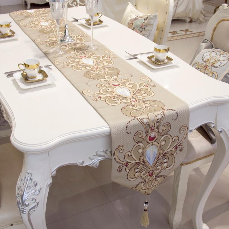 现代简约欧式美式茶几桌旗刺绣餐桌布艺装饰布桌布台布床旗床尾