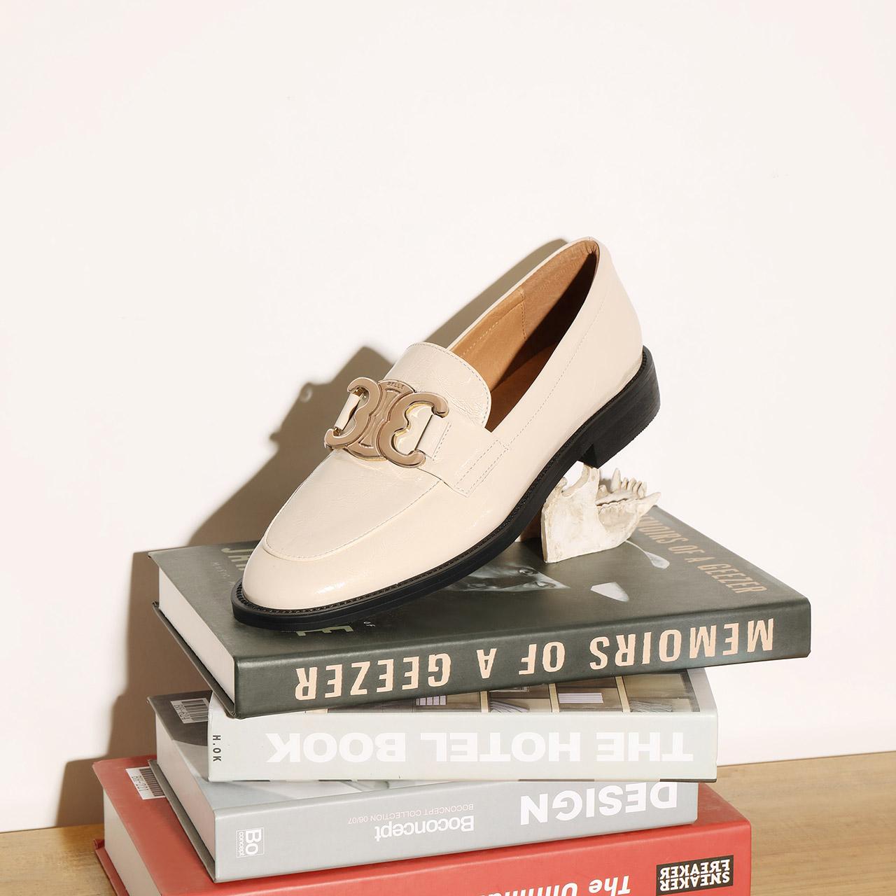 W8Q1DCA1 秋新商场同款牛皮英伦风单鞋 2021 百丽姗姗粗跟乐福鞋女