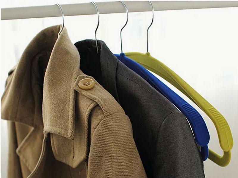 出口德国塑料防滑无痕宽肩西装植绒衣架服装店西服大衣挂衣服撑子