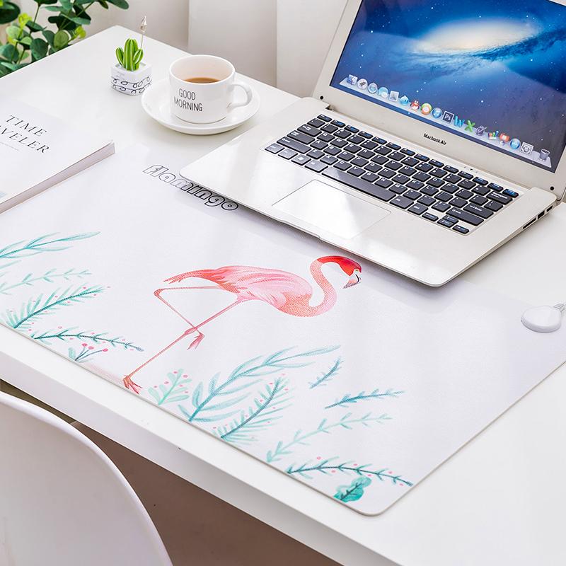 卡通电脑暖手桌面发热板办公室桌垫加热鼠标垫发热垫保暖电热板