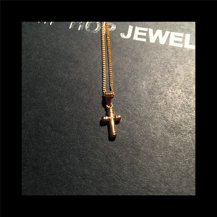 真金电镀配饰小项链 18K 百搭 T 男女新款纯铜小款十字架夏季 2018