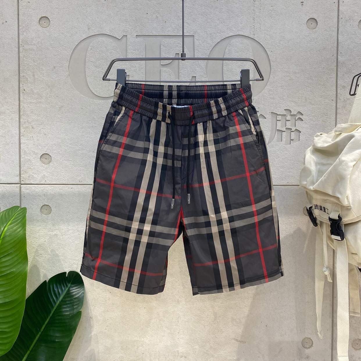 短裤男夏季 年新款速干韩版潮流沙滩裤修身休闲中裤工装格子裤  2020