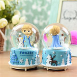 Send girls crystal ball music box snow snow Romance Princess Aisha rotating music box birthday gift children