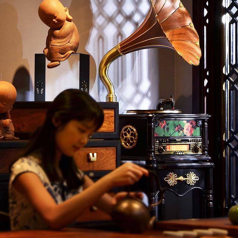 梵尼诗F1877-35H实木质旗袍款创意无线音响老式收音机复古留声机