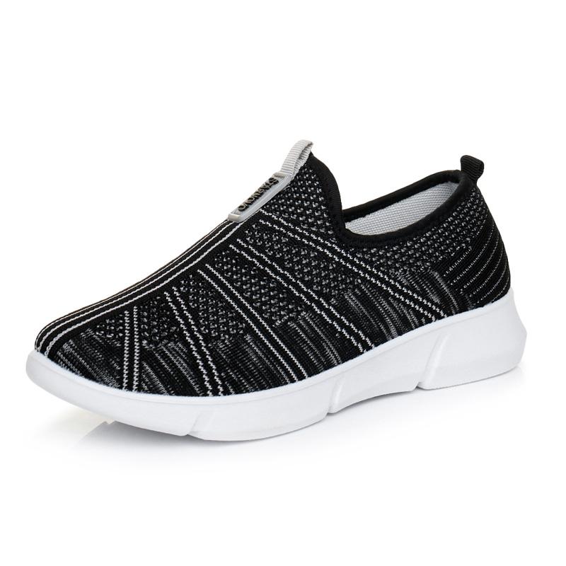 老北京布鞋女鞋透气轻便平跟休闲鞋一脚蹬懒人运动鞋女跑步鞋春季