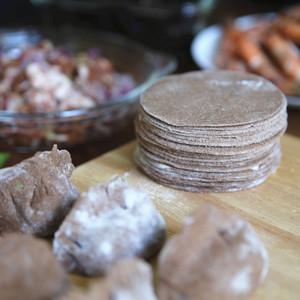 黑全麦饺子皮2斤无蔗糖轻食