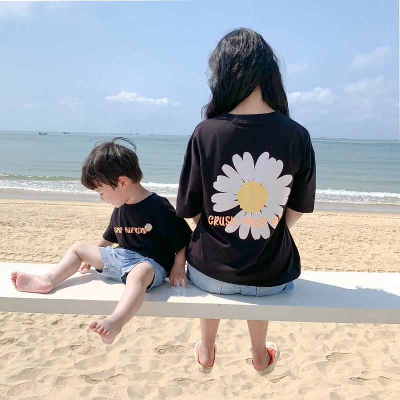 新款潮母子母女装夏季洋气短袖  恤 t 亲子装一家三口四夏装网红 2020