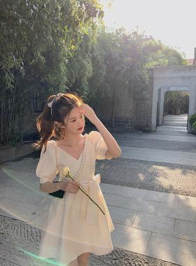 珍珍家法式甜美泡泡袖连衣裙女2021夏季新款温柔风初恋裙收腰裙子