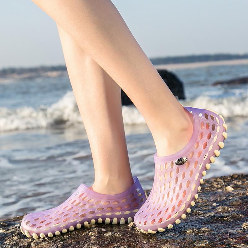 夏季透气洞洞鞋女沙滩鞋防滑轻便鸟巢拖鞋户外速干涉水鞋女度假鞋