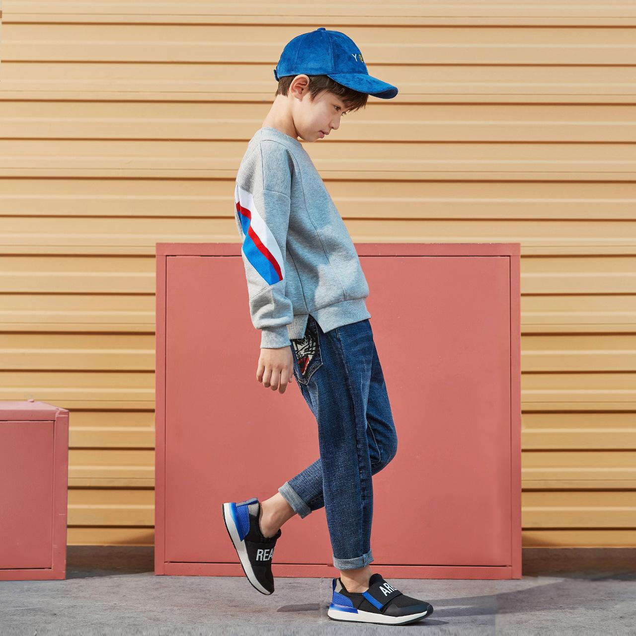 2018新款秋季童装一贝皇城儿童卫衣男童中大童拼接长袖套头上衣潮