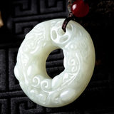 Yu Fei and Tian edge brave peace buckle pendants Ms. Bai Yuyu stone pendant male models listed jade